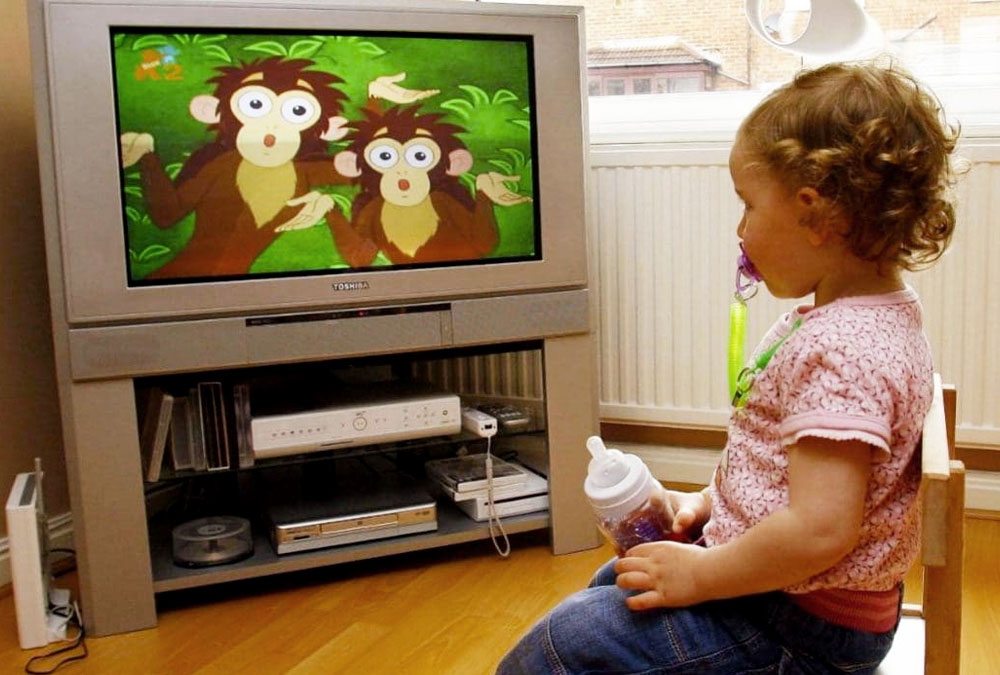 Toddlers Who Watch Too Much TV Are More Likely To Be Bullied In School!